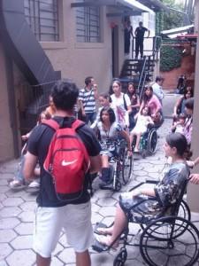 Capacitação com cadeira de rodas